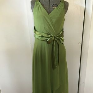 Evan Picone Light Green Chaffon Flowy Dress